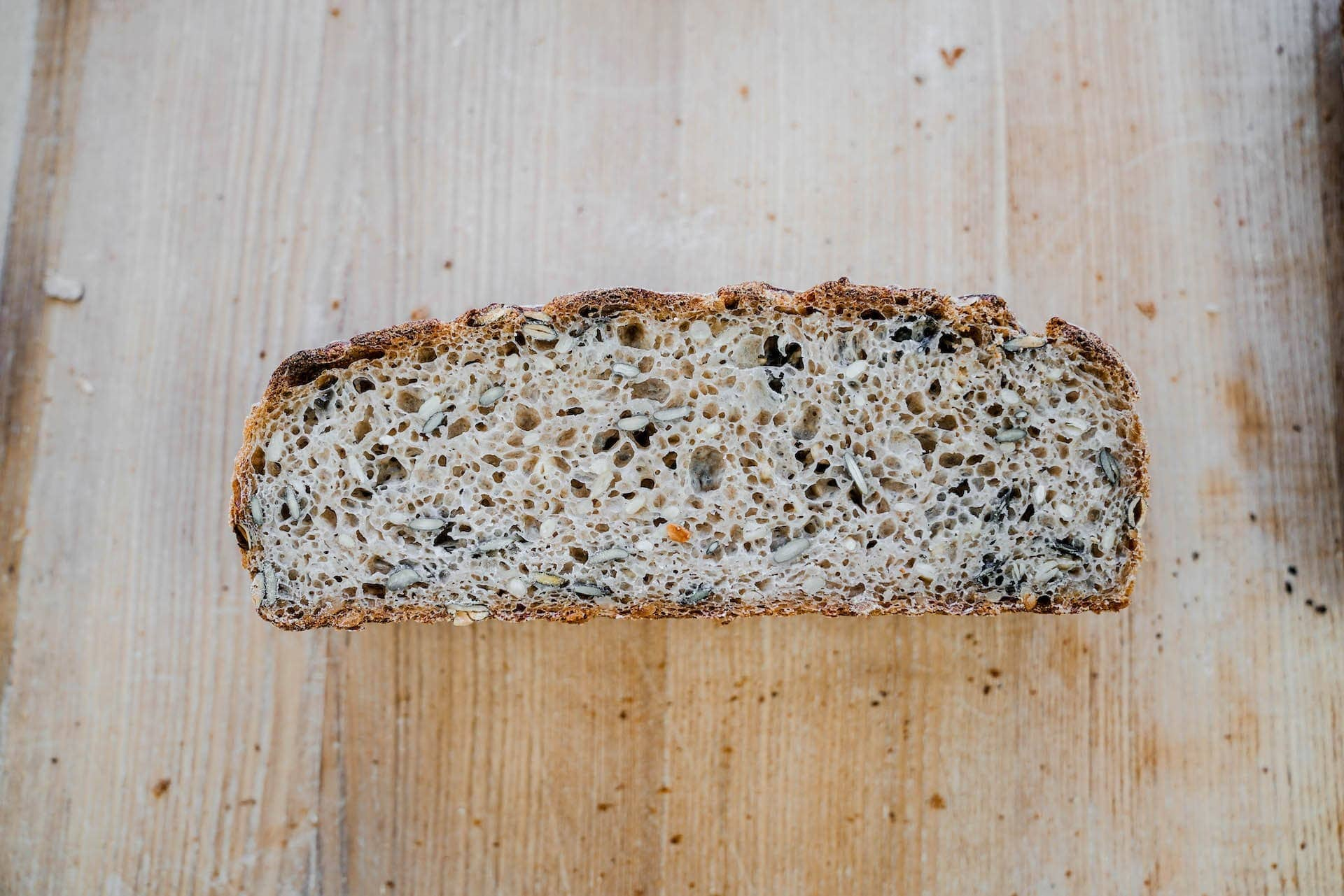 pain-campagne-graines-tranche-b2b-shkop